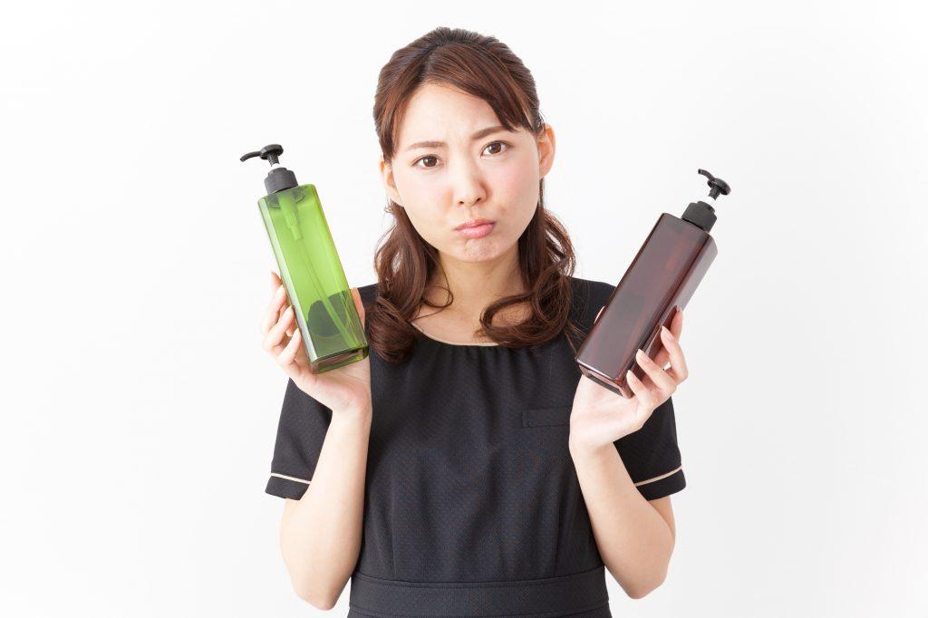 市販と美容師監修の洗い流さないトリートメントはどちらがおすすめ?
