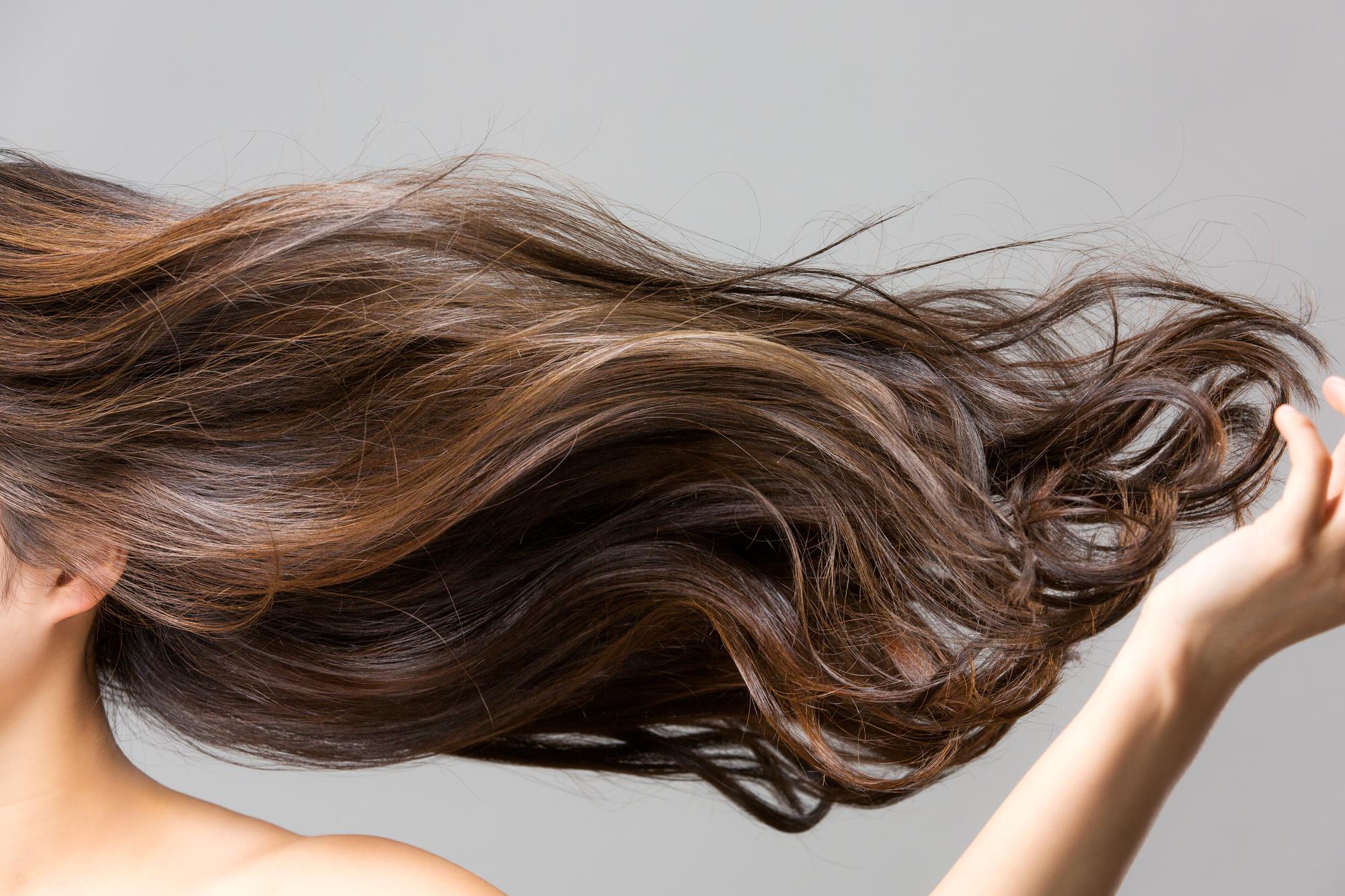 美しい髪にはシャンプー選びが大切